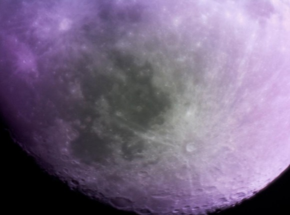 3D Printed DIY PiKon takes first pictures of the Moon