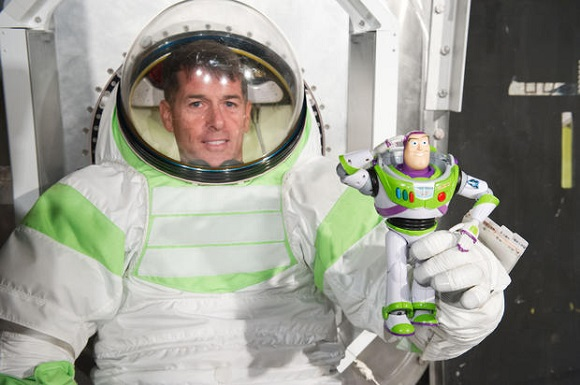 NASA using 3D printing to design Mars spacesuit