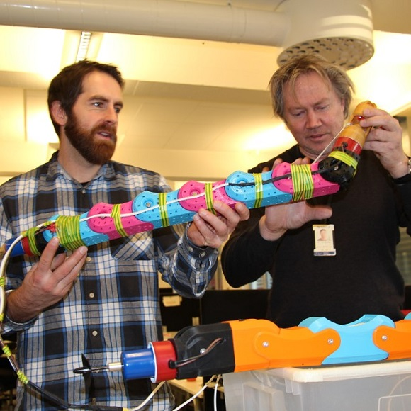 3D printed underwater robot solves pipe problems