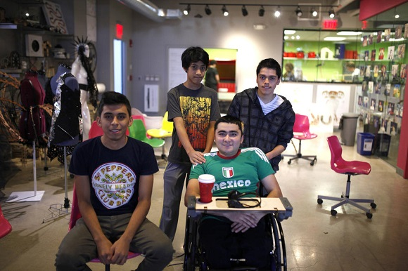 Group of teenagers rebuilt a wheelchair for one of classmates using 3D Printing