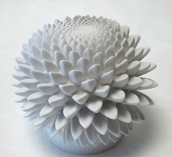 Combination of 3D Printing and The Fibonacci sequence create optical illusions