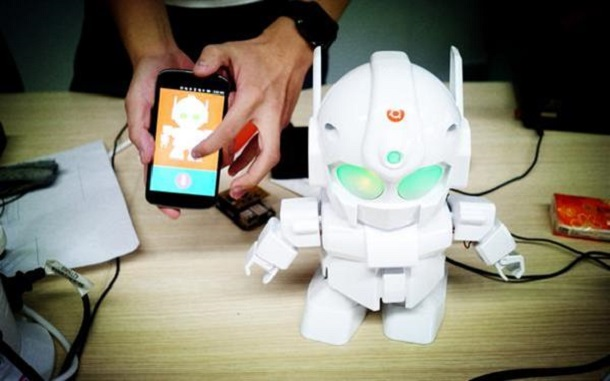 Control Raspberry Pi Powered 3D Printed Robot From Your Phone