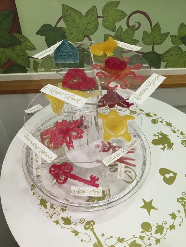Innovative Wine Gum 3D Printer – Candy Factory in a Berlin Café