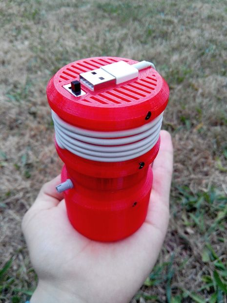 3D Printed Mini USB Vacuum Cleaner