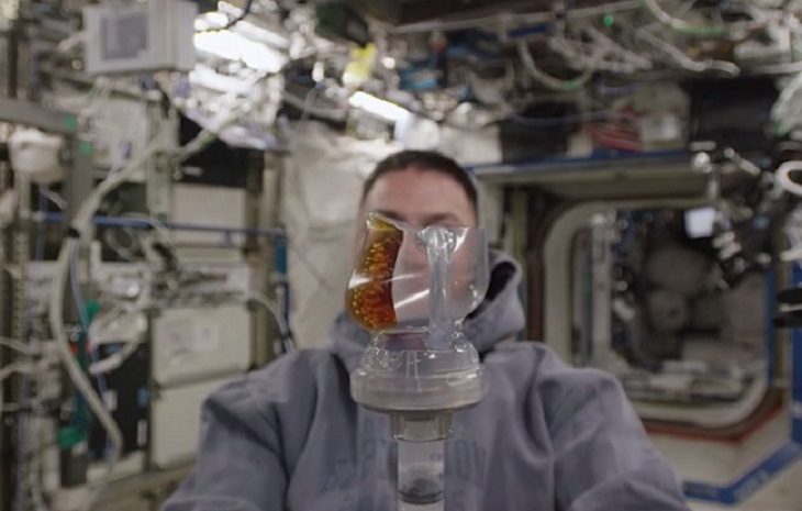 3d-printing-coffee-in-space-03