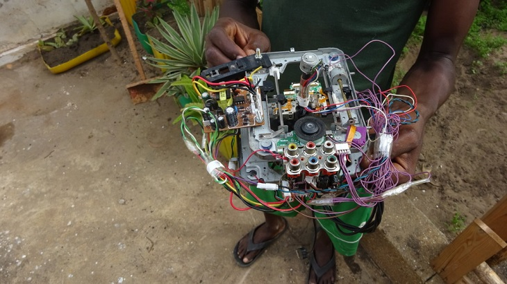 How West African Woelab Recycled E-Waste to Create 3D Printers and Robots